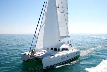 (c) Ibiza-boats.es