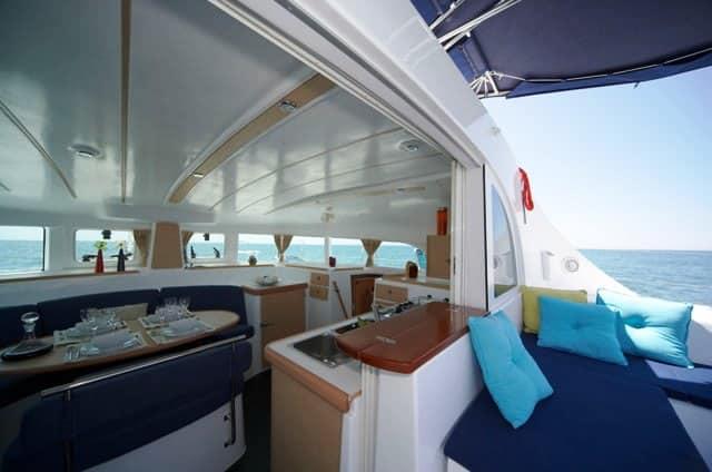 Alquiler catamaran ibiza Lagoon 380