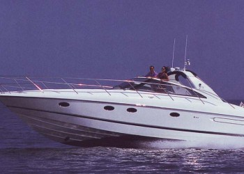 Alquiler de lancha Lancha Princess v42 en Ibiza