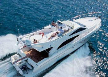 Alquiler de lancha Lancha Ferreti 53 en Ibiza