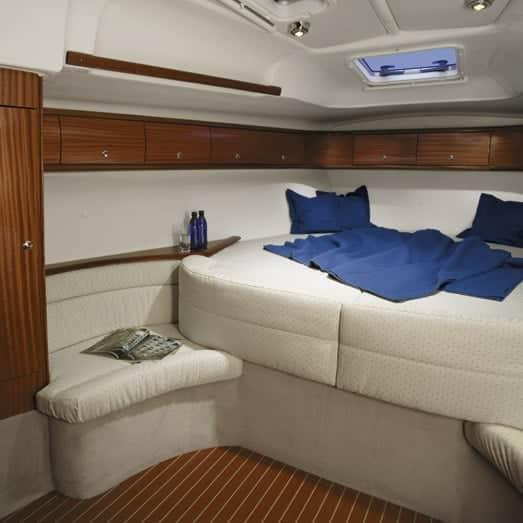camarote velero bavaria 49 en Ibiza