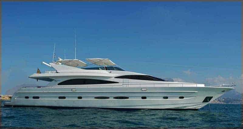 Alquiler de Yate Astondoa 82 GLX en Ibiza