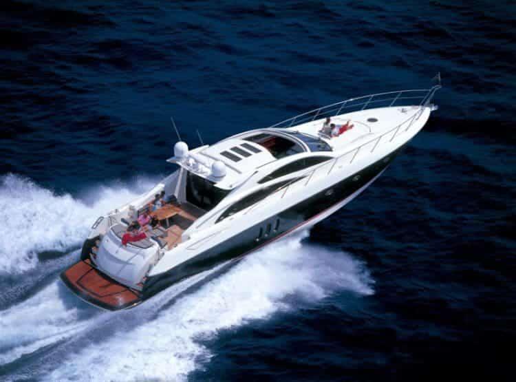Alquiler de Sunseeker Predator 72 en Ibiza