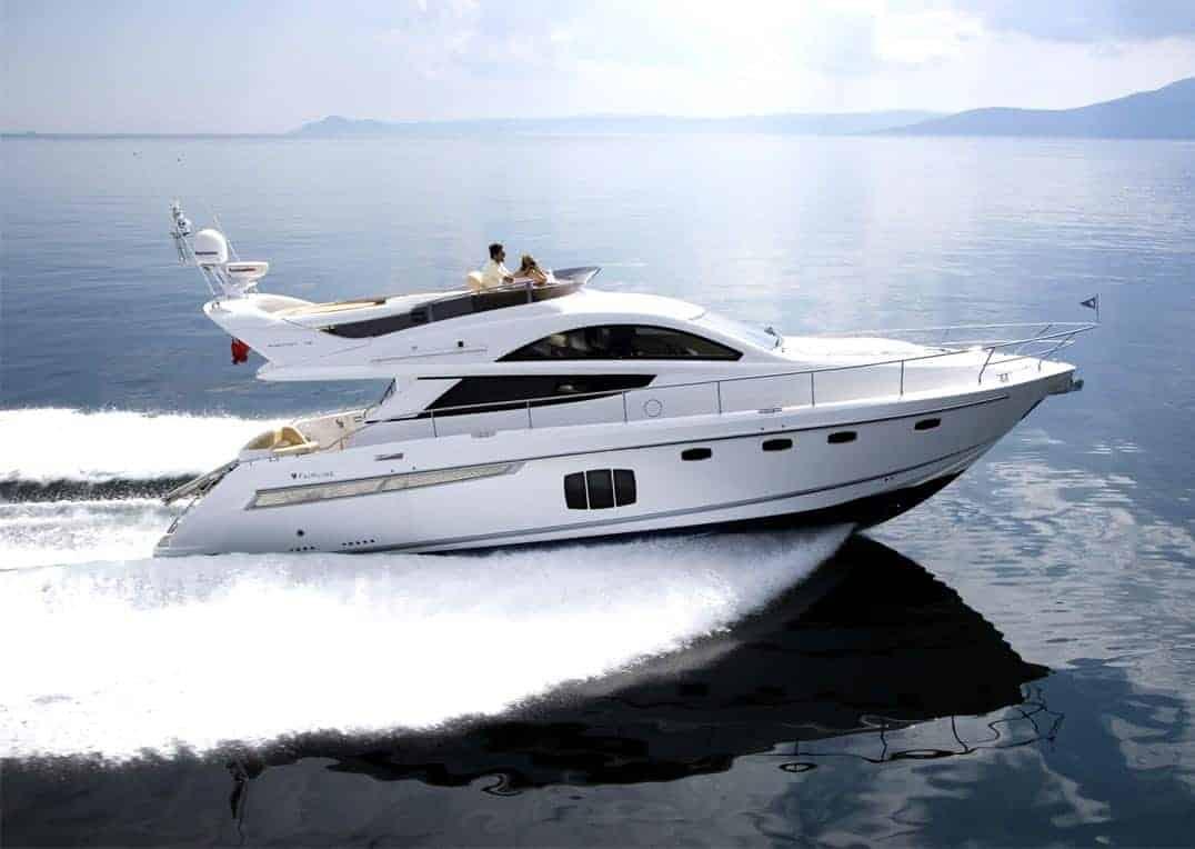 Alquiler de lancha Fairline Phantom 48 en Ibiza