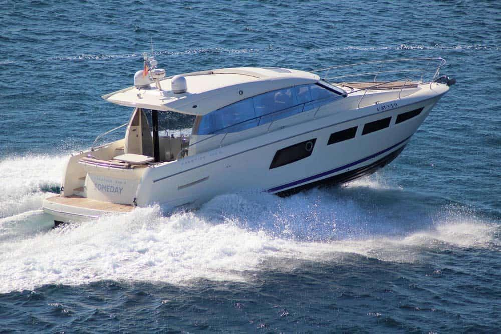 Alquiler de lancha Lancha Prestige 500 S en Ibiza