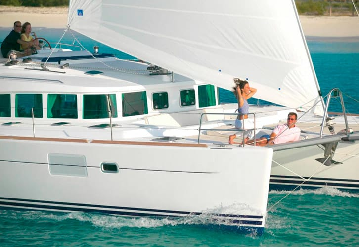 alquiler_catamaran_lagoo_440_Ibiza_2