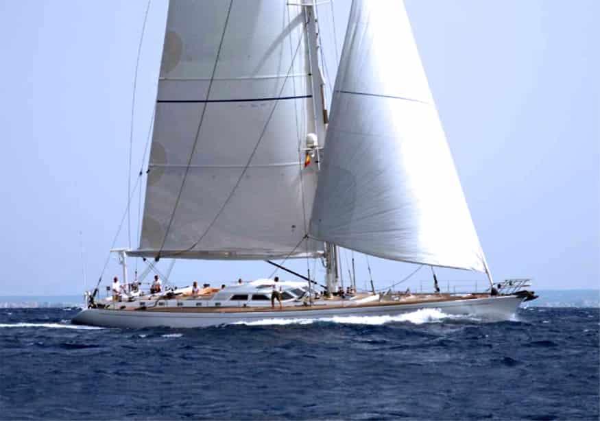 Alquiler de Velero Sangermani 28m en Ibiza