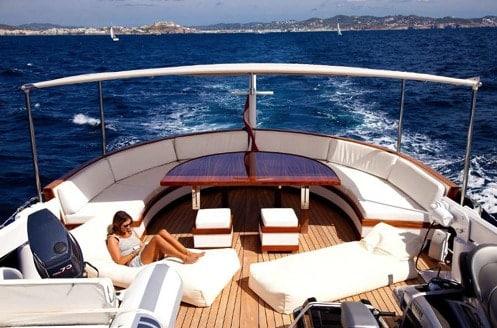 Alquiler de Yate Clásico Holandés en Ibiza