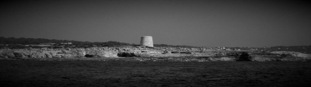 torre_ibiza_desde_el_agua