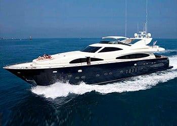 Alquiler de Yate Astondoa 102 GLX en Ibiza