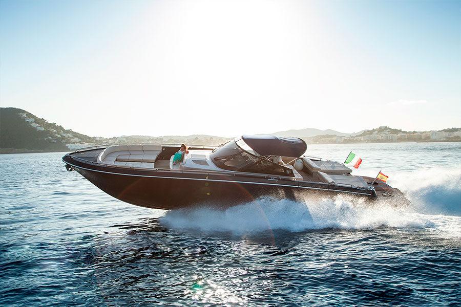 Alquiler de lancha Lancha Continental 50 en Ibiza